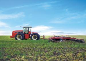 Ростсельмаш сегодня представляет полный модельный ряд тракторов серии 1000, 2000, 3000 и DT