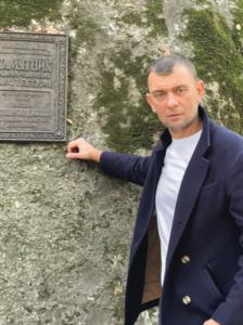 Крестьянско-фермерское хозяйство Сергея Владимиро- вича Оводкова было создано в начале двухтысячных, как принято говорить, уже в новое время